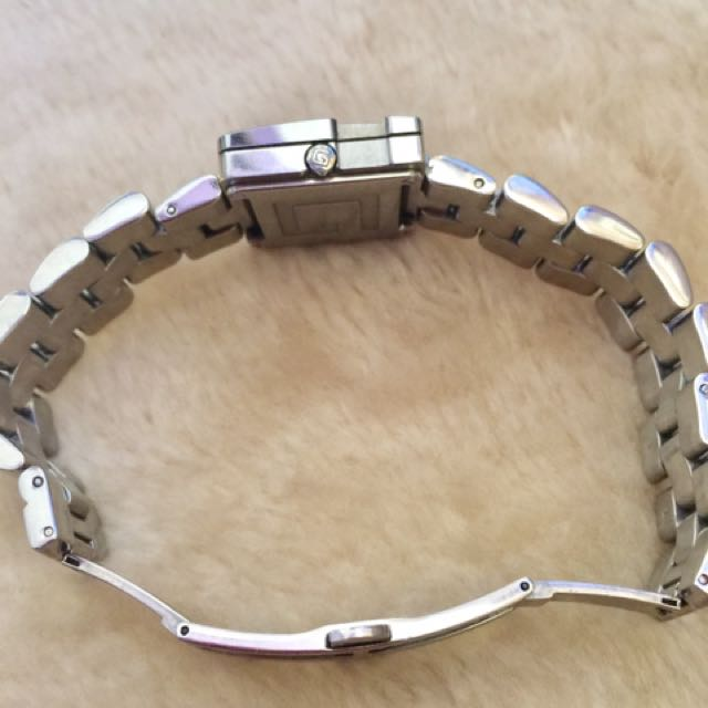28aaf0d18e0 Authentic GUCCI 3600 J Stainless Steel Swiss Made Watch