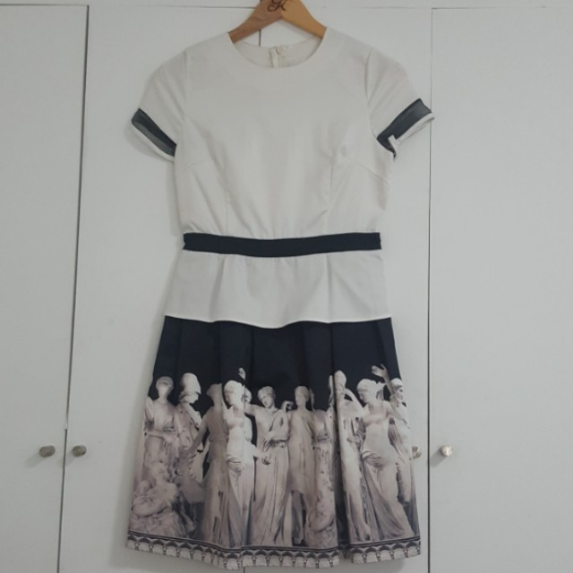 BLACK AND WHITE SATIN DRESS WITH RENAISSANCE STATUE GRAPHIC PRINT ON SKIRT WITH HIGH WAIST BLACK BELT DETAIL. SIZE SMALL/MEDIUM