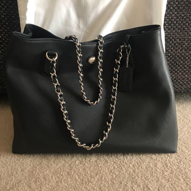 BRAND NEW BLACK COACH BAG