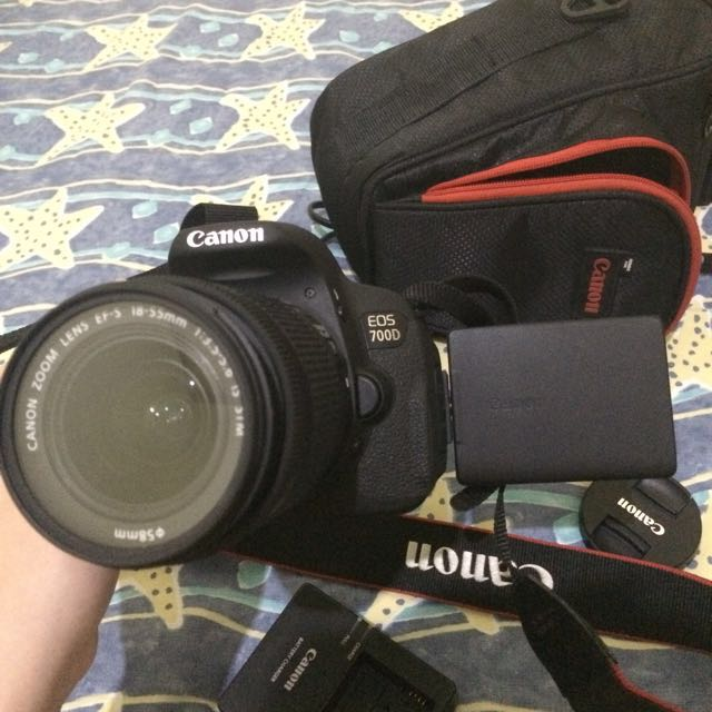 Canon EOS 700D (SEPERTI BARU)