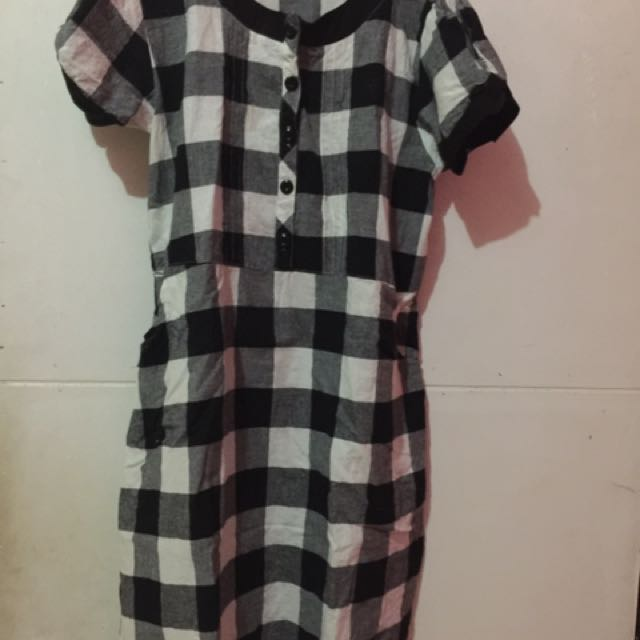 Dress Tartan Bw