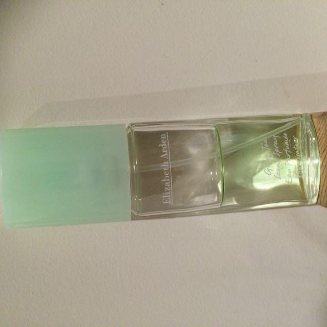 Elizabeth Arden Green tea scent perfume