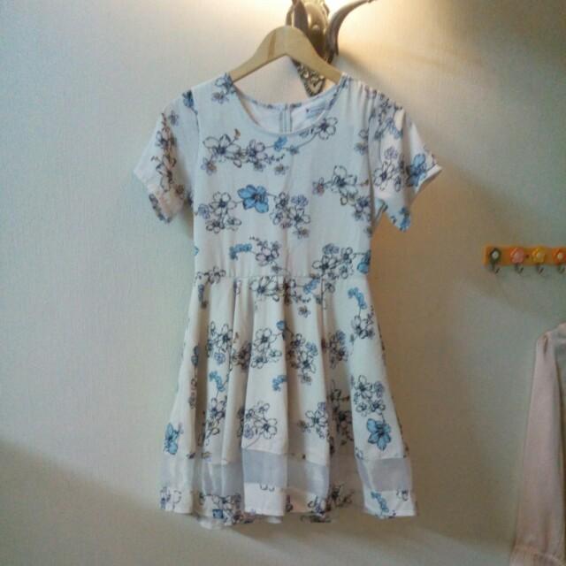 #NYB50 Floral mesh dress