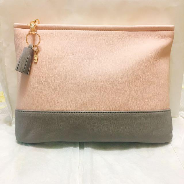 Gracegift迪士尼壞皇后鞋款系列聯名手拿包❤️優雅灰色配粉紅色金屬流蘇手拿包化妝包過夜包