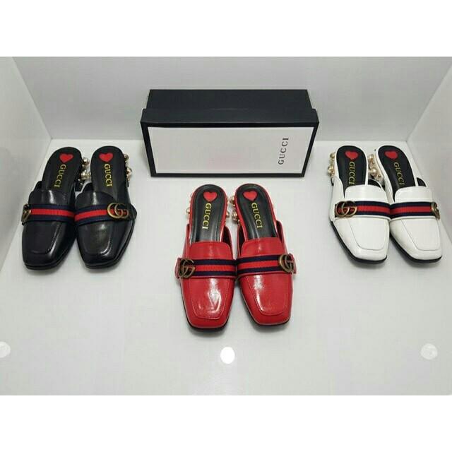 Gucci pearl sandal
