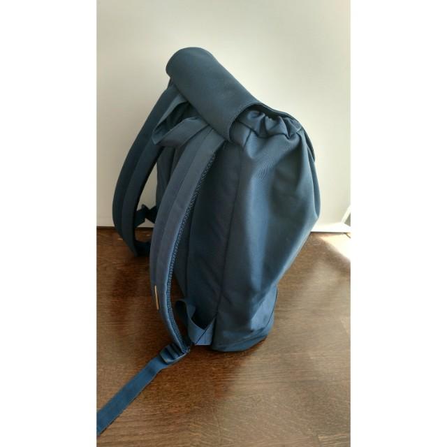 Herschel Backpack (Navy)