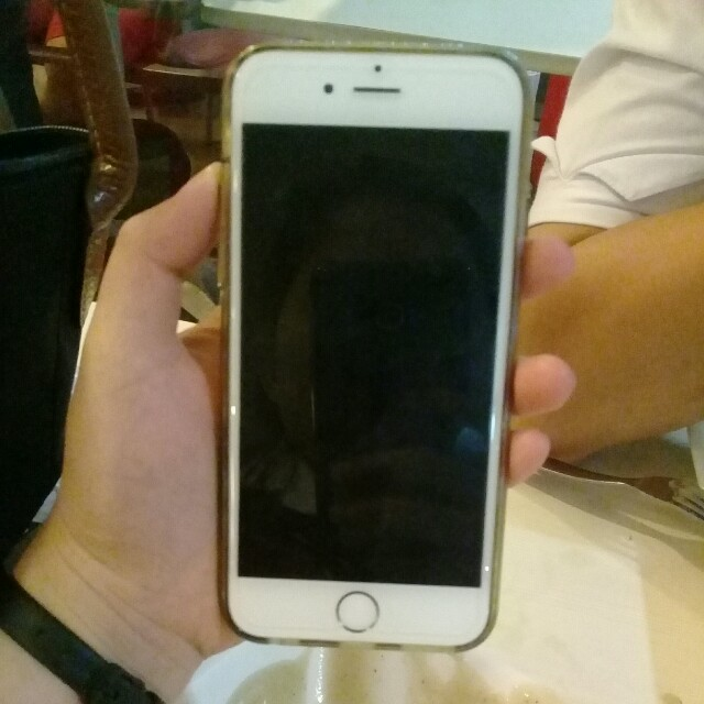Iphone 6 READ THE DESCRIPTION PLS
