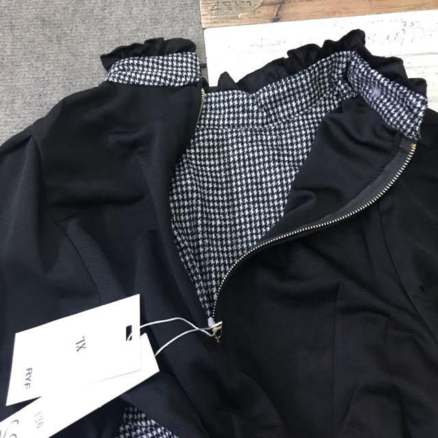 8ac5fa91216174 Korea style half collar Blouse, Women's Fashion, Clothes, Tops on Carousell