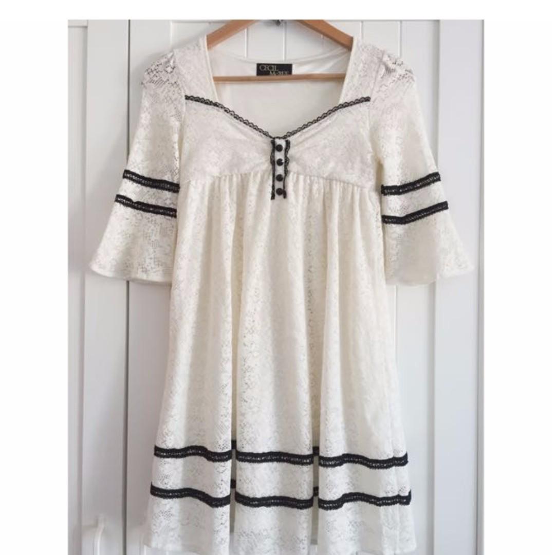 Lace dress- size 6 to 8