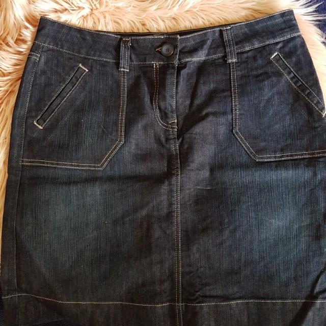 Marks and Spencer Skirt sz 18 in Dark Demin