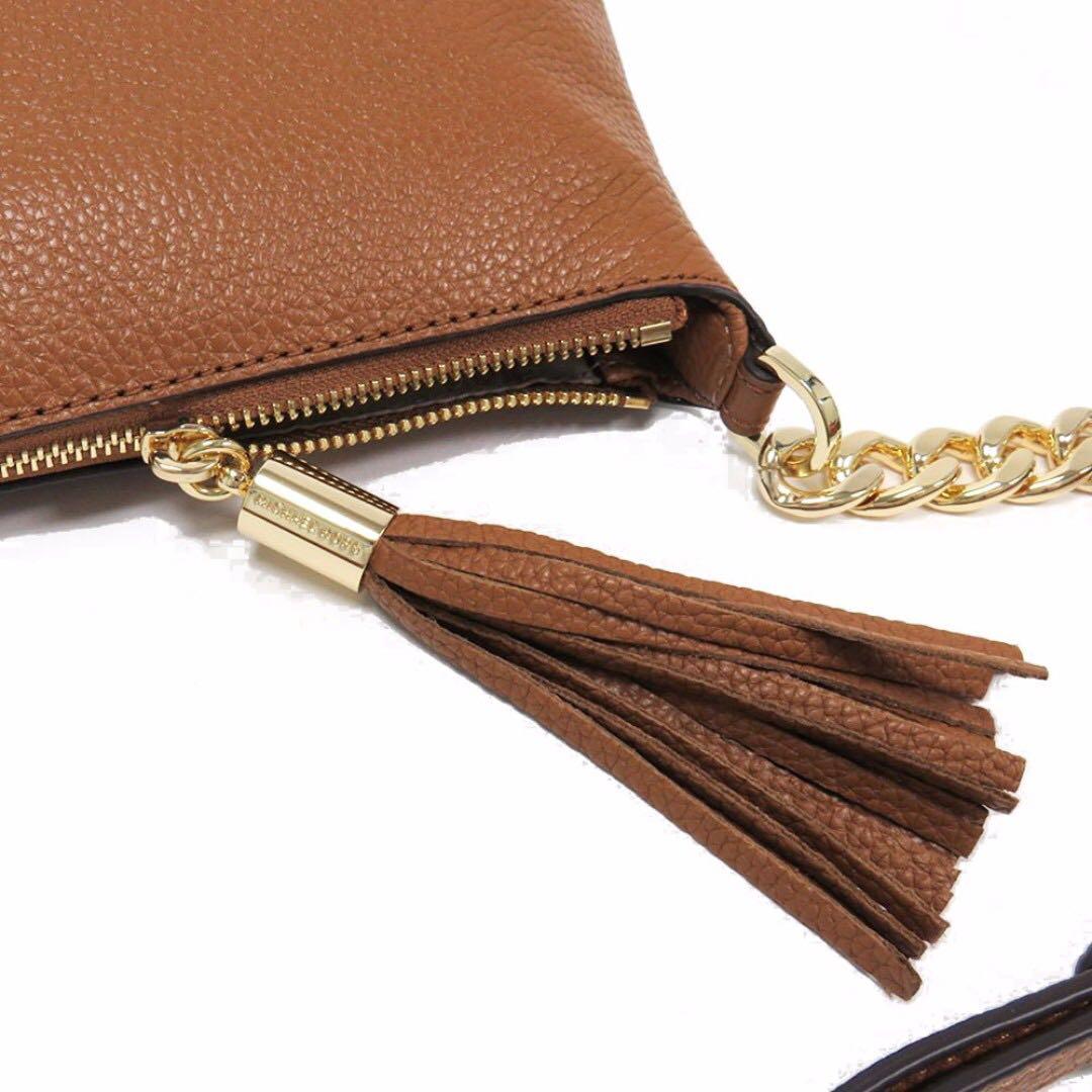 b511424f9f2e Michael Kors Bedford Leather Crossbody Sling Messenger Bag Acorn Brown,  Luxury, Bags & Wallets on Carousell
