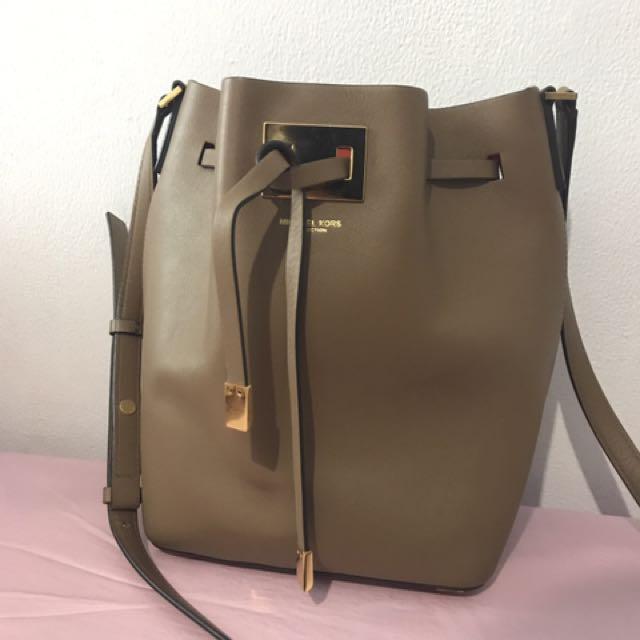 Michael Kors Collection Bucket Bag