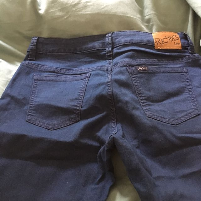 Mid rise super skinny lee jeans size 11