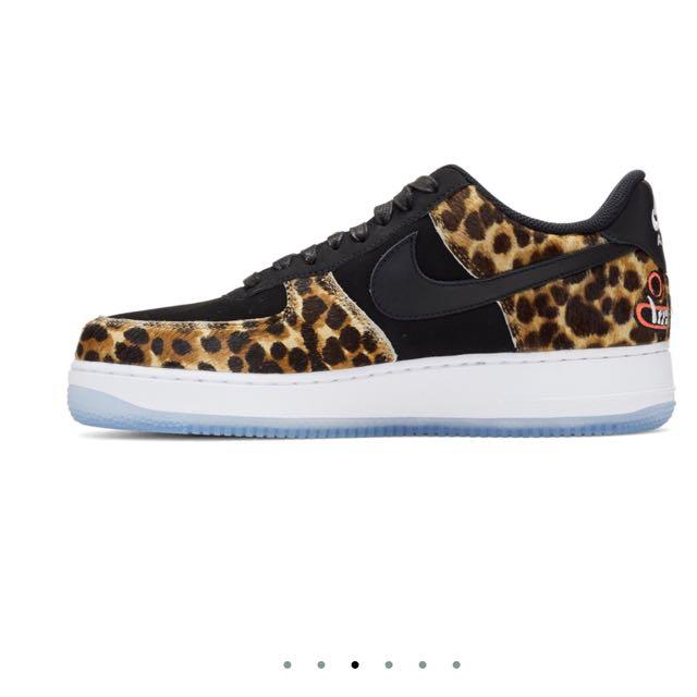 Nike air black .. new design ..