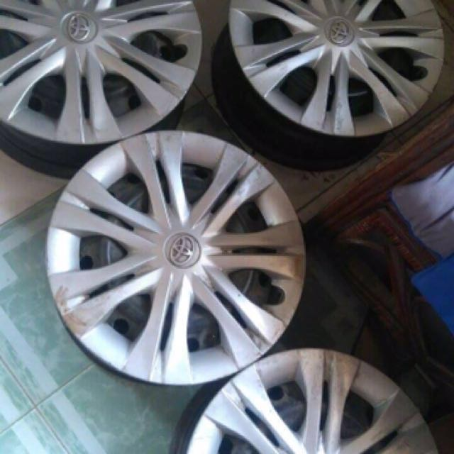 Orig Rim & Tire For Toyota Innova