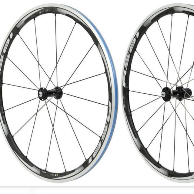 Shimano wh-Rs81 c35 cl原價18800