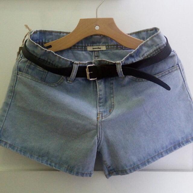 Someday short pants