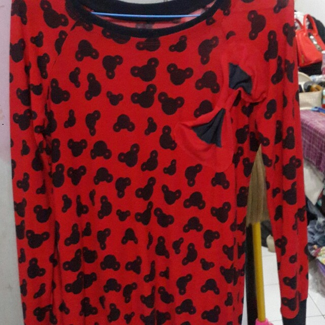 Sweater red mickey