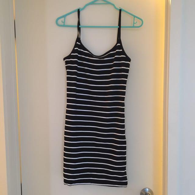 Sz 8 slim dress