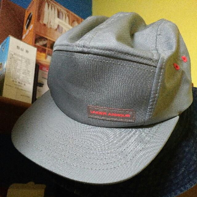 under armour 板帽
