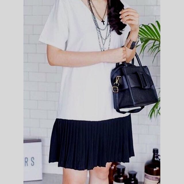 White Black Pleated Dress