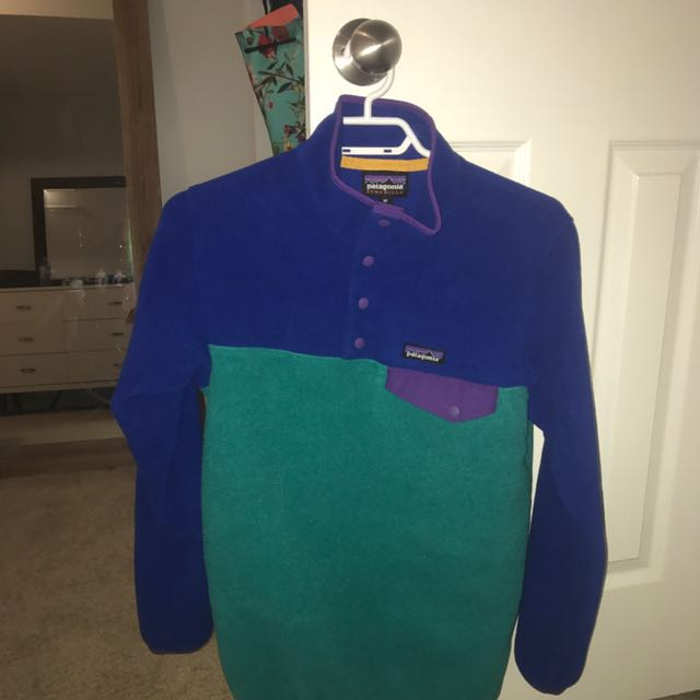 Woman's XS Patagonia Fleece Sweater