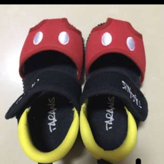 BN Disney design mickey shoes