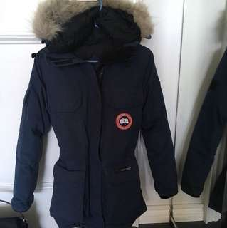 CANADA GOOSE- size 2XS