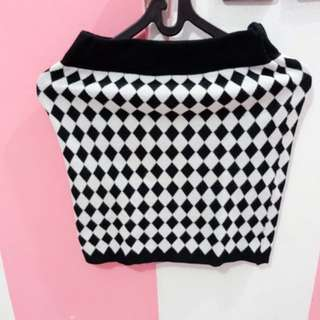 Mid Skirt Square Black