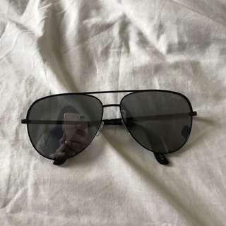 QUAY x Desi Sunglasses