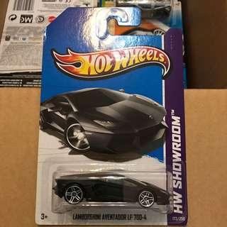 Hotwheels Lamborghini Aventador matt black