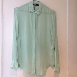 Zara mint button up size XS
