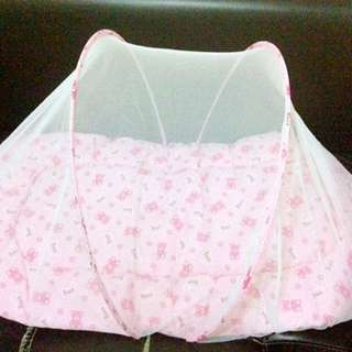 Portable Bed with mosquito net and pillow