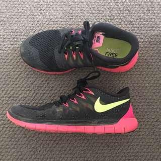 Nike free run size 6.5
