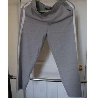 Zara trousers small