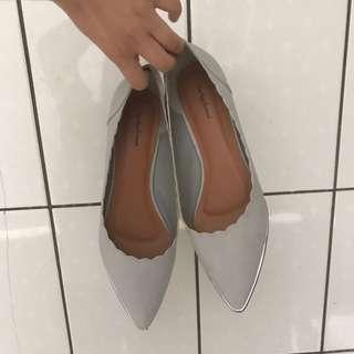 大腳女孩兒》Something Borrowed 平底鞋(含運)