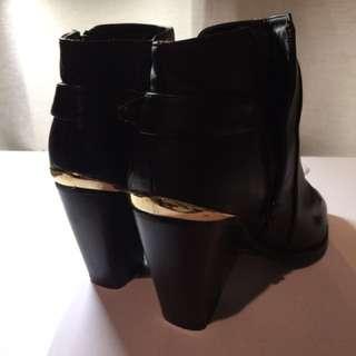Miss Selfridge Black boots