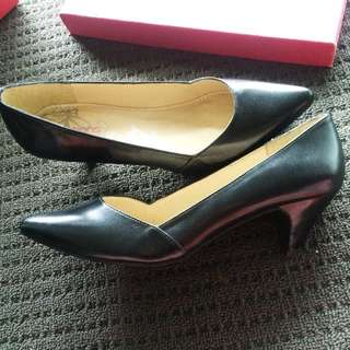 BonBons Black Leather heels AU08 BNIB