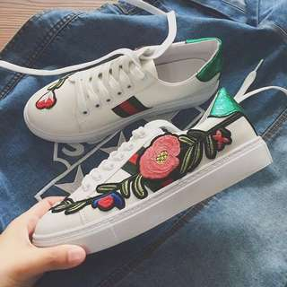 Flower Embroidered Gucci White Sport Shoes