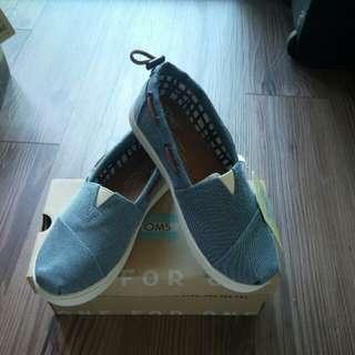TOMS鞋
