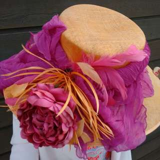 Fabulous pink & melon race day hat