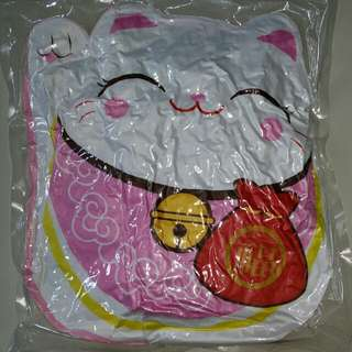 New Japanese Hello Kitty looking soft toy couch cushion, Japan Cat waves its paw to attract plenty of wealth health happiness, Brand New vacuum sealed up in wrap, Never use before,