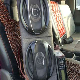 Speakers and mp3 player