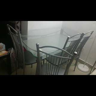 meja makan kaca + 6 kerusi.  free sofa recliner