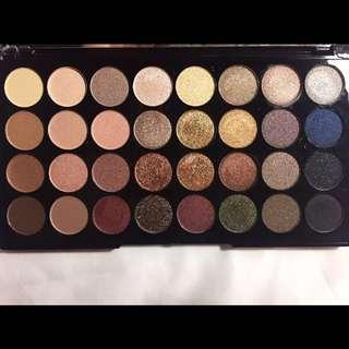 Makeup Revolution London Ultra 32 Eyeshadow Palette - Flawless