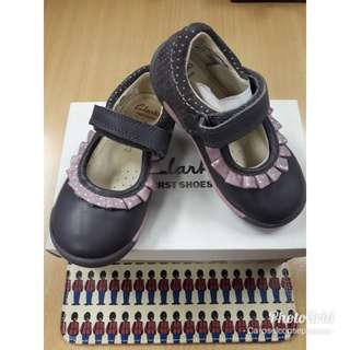 Clarks Softlystef Purple