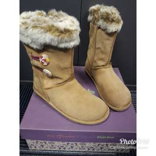 Clarks Snuggle Pola Boots