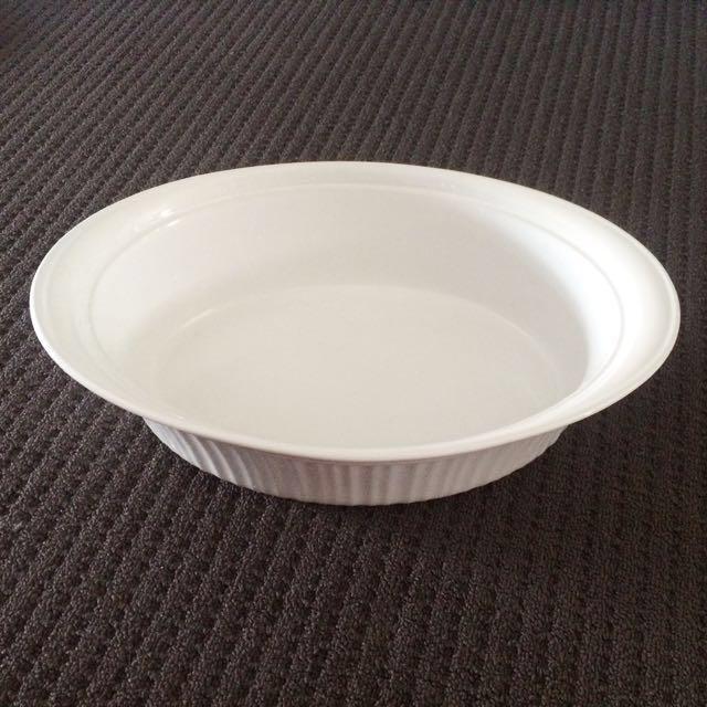 Corningware cassarole dish 3.8L