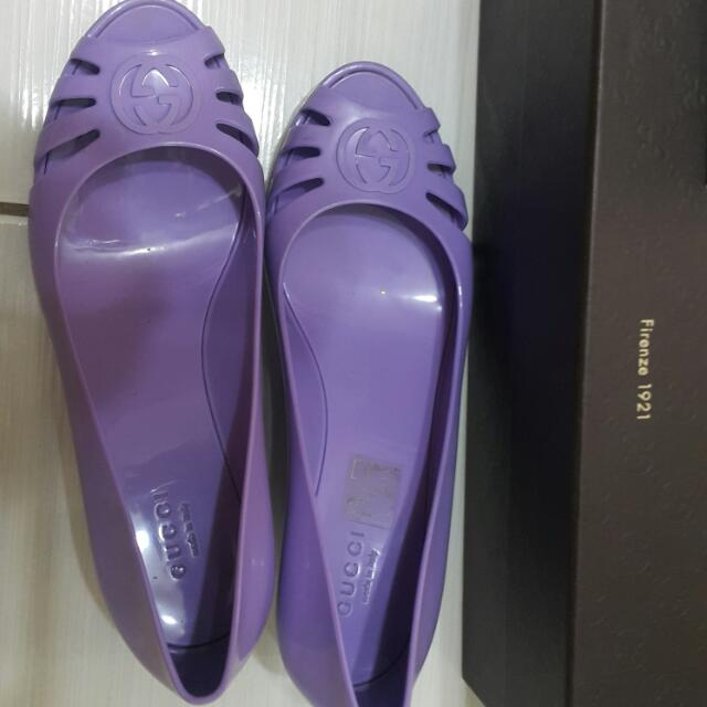 Gucci防水增高鞋