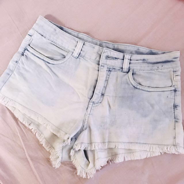 H&M high waisted shorts *TAKE ALL 5 SHORTS FOR ONLY 1300*